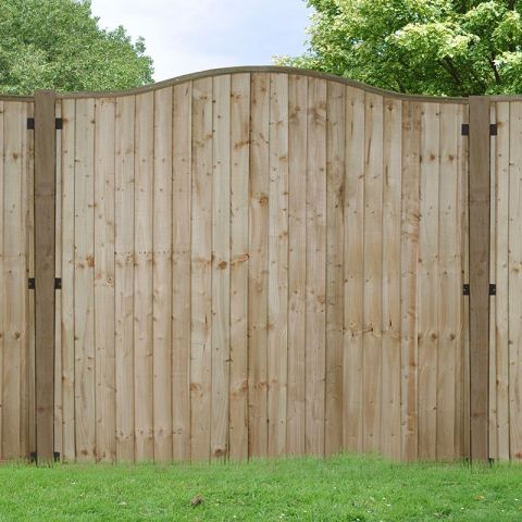 The Best Fence Panels for Windy Areas